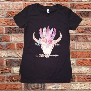Tops - Native American Sheep Skull Feathers Graphic Tee